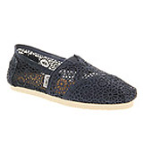 Toms Seasonal classic slip on Navy crochet